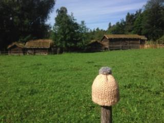 globe-t-bonnet-voyageur-travelling-winter-hat-norsk-folkemuseum-oslo2